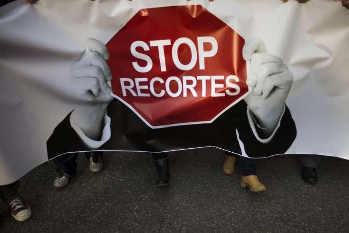 Les manifestants sont venus de toute l'Europe pour dénoncer les politiques d'austérité à l'appel de la Confédération européenne des syndicats.