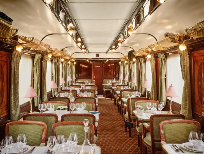 Voiture-restaurant « Taurus », de l'Orient-Express.