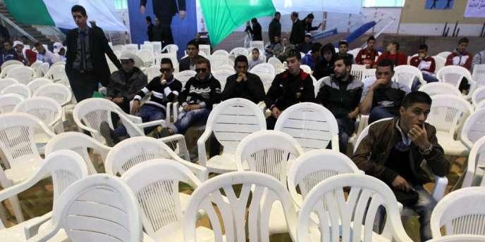 Un meeting du camp Bouteflika, le 4 avril à Tipaza.
