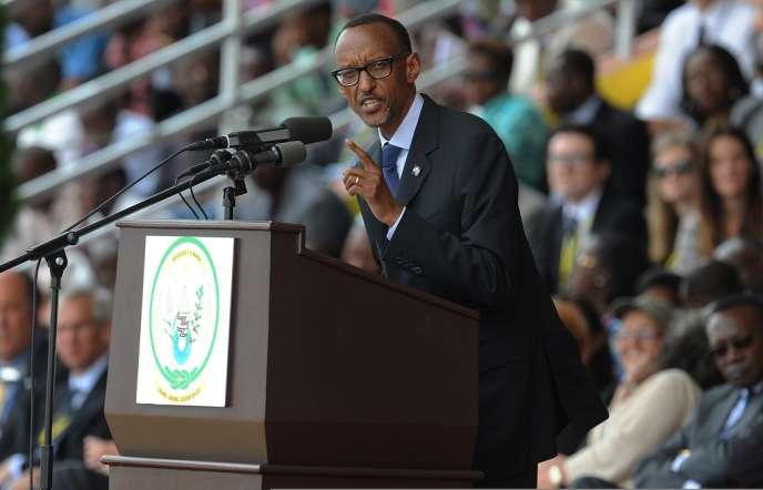 Le président rwandais Paul Kagame a profité des commémorations du génocide de 1994, lundi 7 avril, pour s'en prendre à nouveau, de façon à peine voilée, à la France sur son rôle toujours controversé durant les massacres.