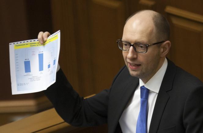 Le premier ministre ukrainien Arseni Iatseniouk, le 27 mars au Parlement ukrainien.