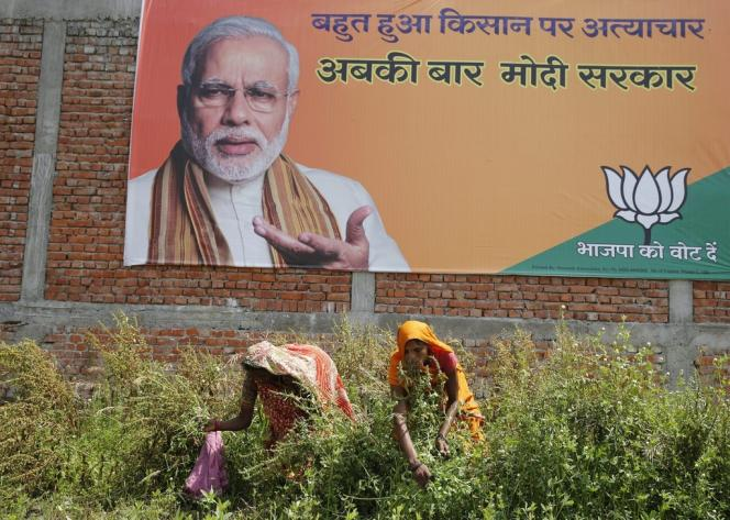 Affiche électorale représentant Narendra Modi.