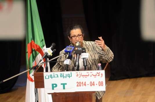 Parmi les signataires figurent notamment Khalida Toumi, ex-ministre de la culture, la députée trotskiste Louisa Hanoune (ci-dessus).