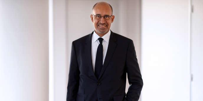 Nommé le 10 avril, Harlem Désir devient le douzième ministre ou secrétaire d'Etat à prendre en charge les affaires européennes en douze ans.