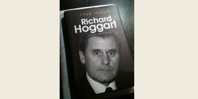 Couverture d'un livre de Fred Inglis sur Richard Hoggart