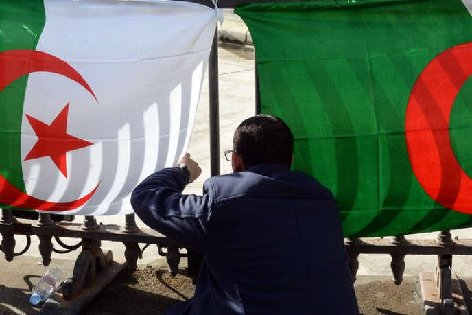 Le 12 avril, 815 000 Algériens de France voteront pour l'élection présidentielle.