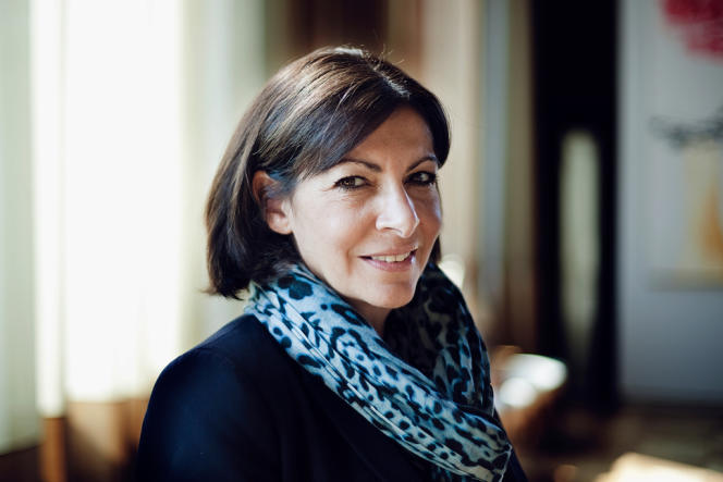Anne Hidalgo à la Mairie de Paris, vendredi 11 avril.