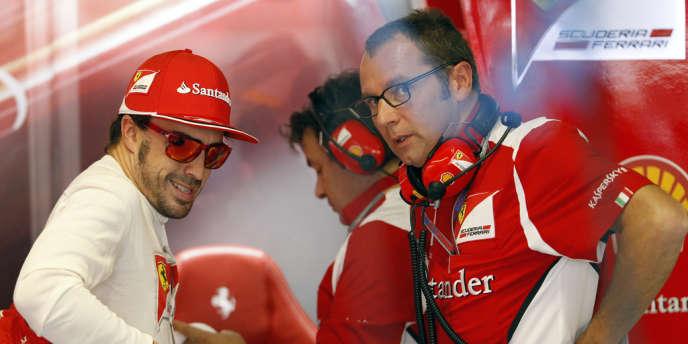 Fernando Alonso et Stefano Domenicali, ici lors du GP de Monza le 8 septembre 2012.