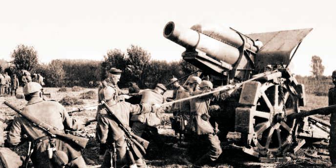 14/18 - Installation d'un mortier de 21 cm. Près de Malines (Belgique), août-septembre 1914.
