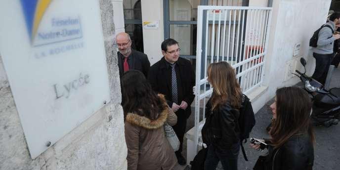 A partir de lundi 14 avril, l'es profils ADN de 527 hommes, majeurs et mineurs, vont être prélevés dans le lycée privé Fénelon - Notre-Dame, situé au centre-ville de La Rochelle.