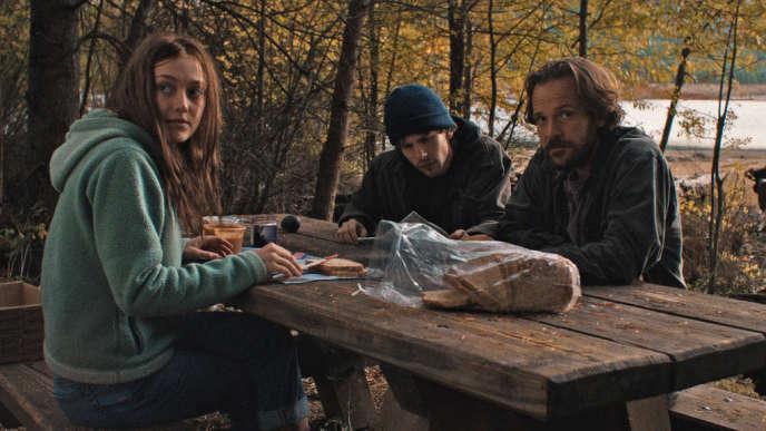 Dakota Fanning, Jesse Eisenberg et Peter Sarsgaard dans le film américain de Kelly Reichardt,