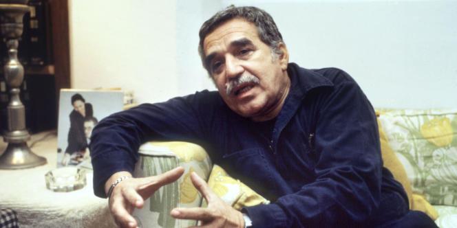 Gabriel Garcia Marquez, le 25 octobre 1982, alors qu'il vient de recevoir le prix Nobel de littérature.