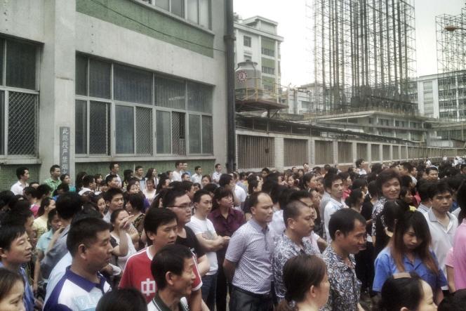 La province méridionale du Guangdong, parfois surnommée « l'usine du monde » car elle concentre une part importante de l'industrie manufacturière chinoise travaillant pour les exportations, n'est pas exempte de conflits sociaux.