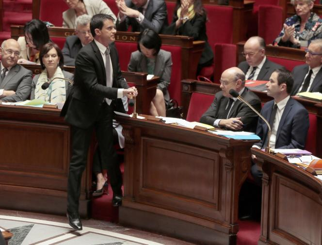 Manuel Valls à l'Assemblée nationale, le 16 avril.