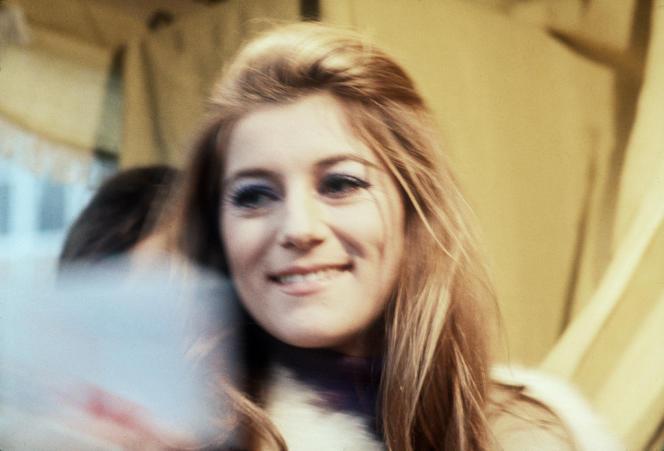 Sheila à Paris en décembre 1970.