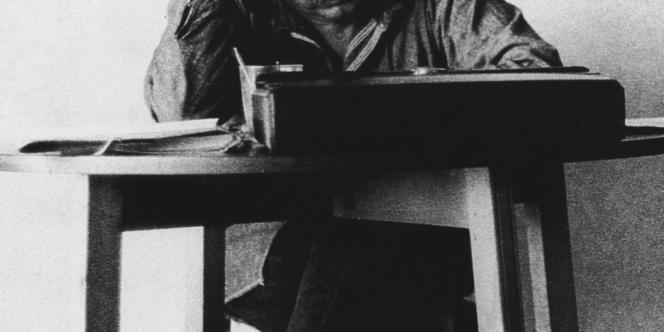 Photo de Gabriel Garcia Marquez en 1972 (lieu inconnu).