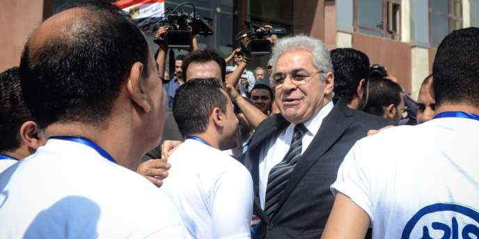 Le leader de gauche égyptien Hamdeen Sabbahi, seul rival du grand favori Abdel Fattah al-Sissi à la présidentielle des 26 et 27 mai, a déposé samedi 19 avril sa candidature à la commission électorale.