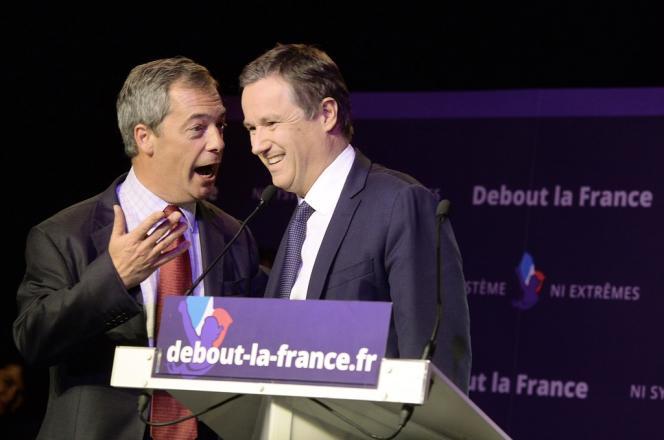 Nigel Farage (à gauche) et Nicolas Dupont-Aignan, le 13 avril à Paris.