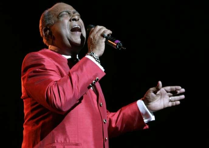 Le chanteur portoricain Cheo Feliciano en concert au Madison Square Garden à New York, le 20 juin 2008.