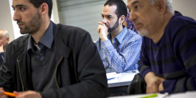 A Lyon, un cursus original (ici le 7 avril 2014) aide les cadres musulmans à prévenir la radicalisation de certains fidèles.