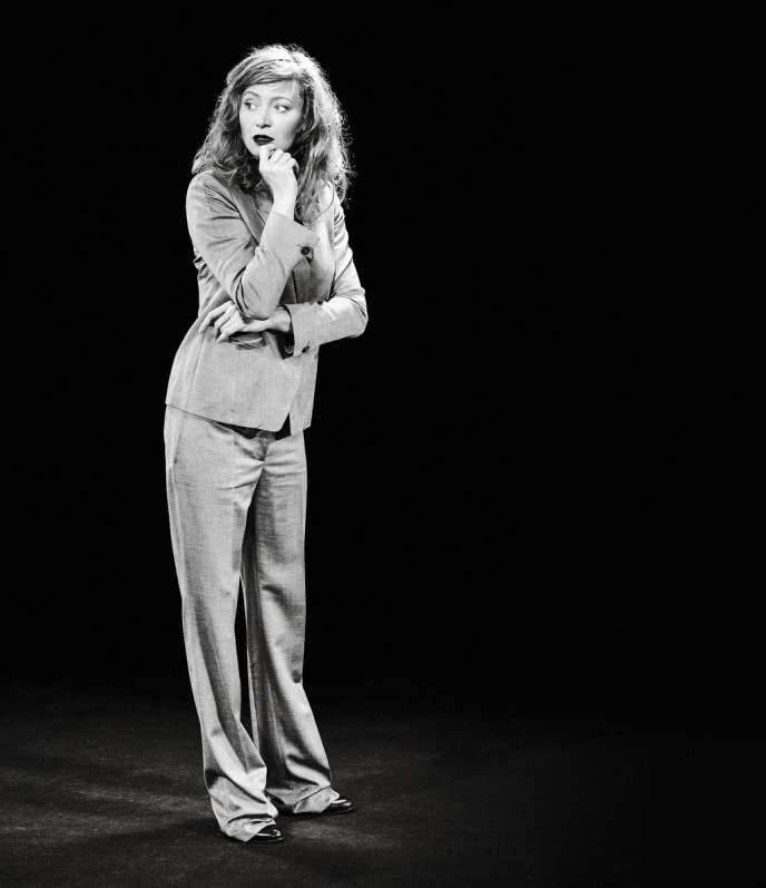 La comédienne, danseuse et humoriste Julie Ferrier.