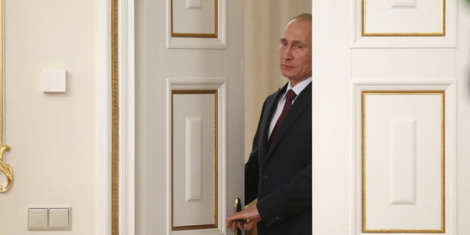 Le président russe Vladimir Poutine le 18 avril à Moscou.