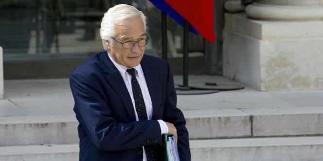 Le ministre du travail François Rebsamen le 23 avril à l'Elysée.