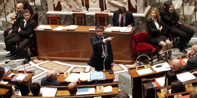 Le premier ministre Manuel Valls à l'Assemblée nationale le 29 avril.