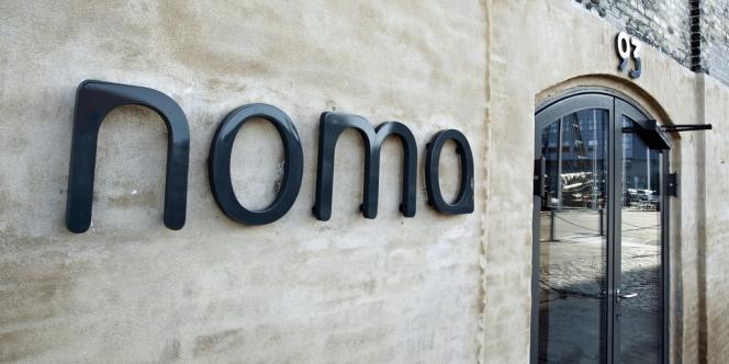 Devant le restaurant Noma à Copenhague.