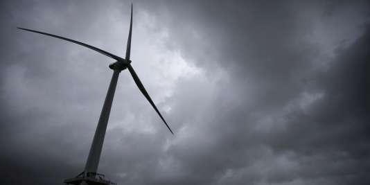 Une éolienne près de Saint-Nazaire (Loire-Atlantique).