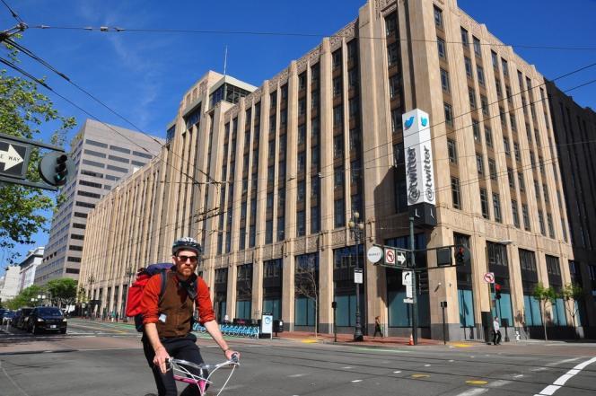 Le siège de Twitter à San Francisco, sur Market Street. C'est sur cette artère que McDonald's, le géant de la restauration rapide, a ouvert un laboratoire d'innovation numérique.