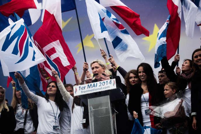 Discours de Marine Le Pen, place de l'Opéra, à Paris, le 1er mai.