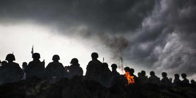 Sloviansk, ville de 100000habitants tenue par les séparatistes prorusses, est désormais totalement encerclée par l'armée ukrainienne.