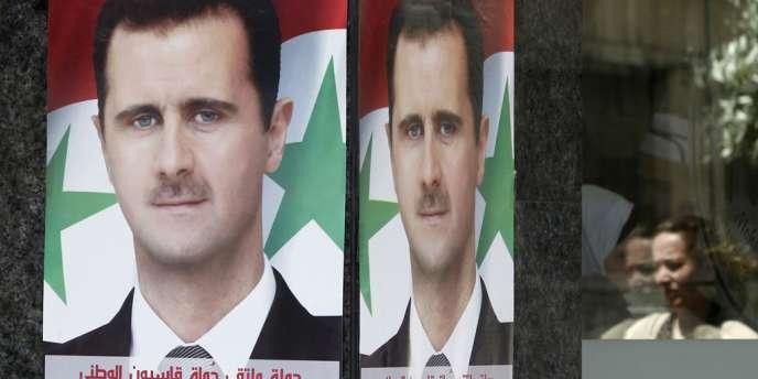 Le président sortant Bachar Al-Assad affrontera deux candidats à l'élection présidentielle du 3 juin, qu'il est assuré de remporter, a annoncé dimanche 4 mai à Damas le porte-parole du tribunal constitutionnel.