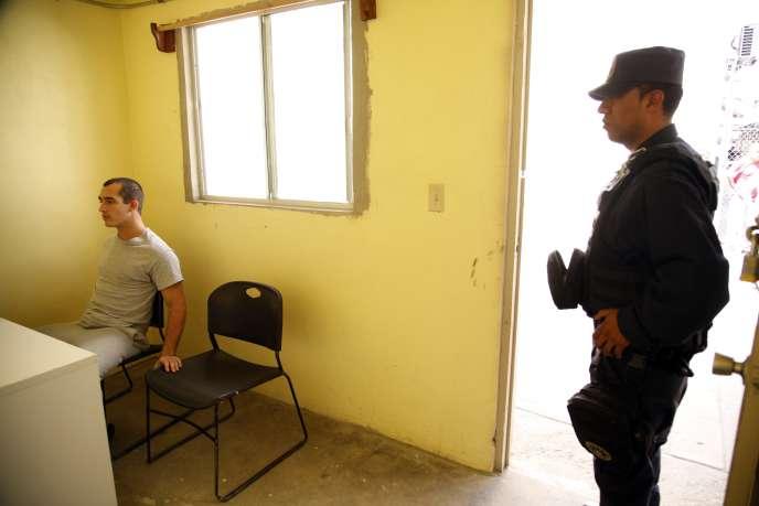 Le rapporteur spécial des Nations unies sur la torture, Juan E. Mendez,  qui s'est rendu récemment au Mexique pour visiter des prisons, juge la situation « alarmante ».