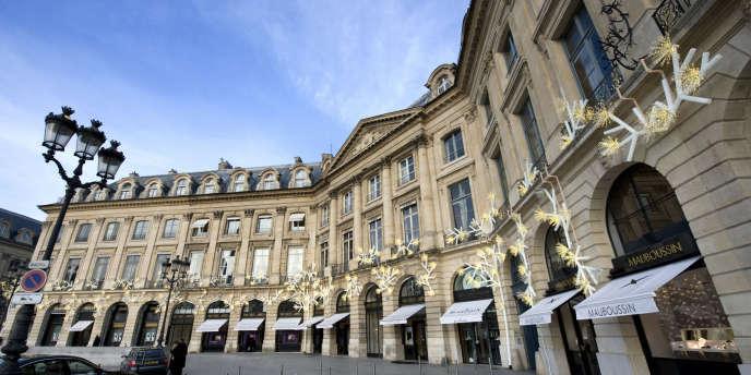 La boutique Mauboussin sur la place Vendôme à Paris.