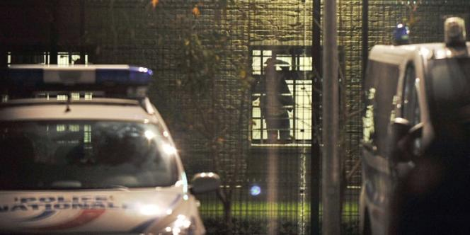 Un migrant afghan dans le centre de rétention de Lille-Lesquin.
