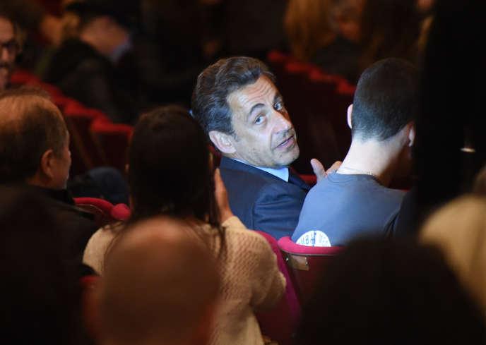 Nicolas Sarkozy assiste à un concert de Carla Bruni à Broadway, le 14 avril.