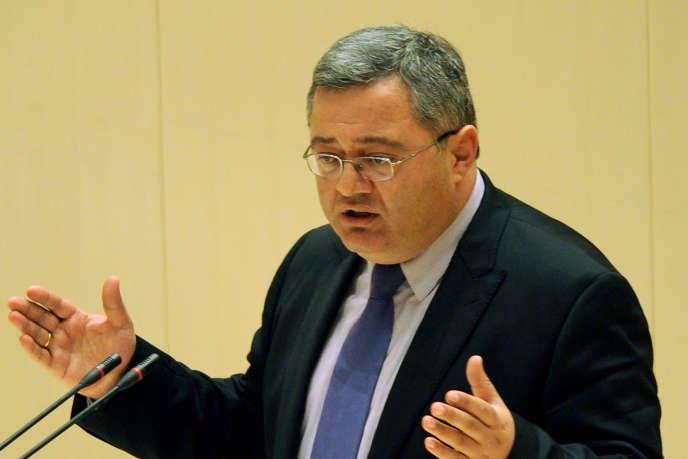 En visite à Paris, mardi 6 mai, le président du Parlement géorgien, Davit Oussoupachvili, explique les craintes de son pays face à la nouvelle politique étrangère russe.