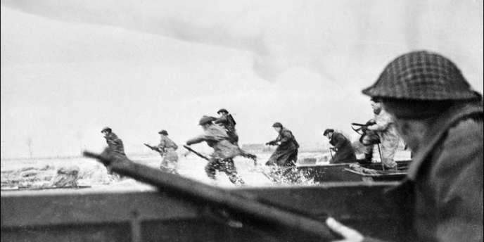 Débarquement des troupes canadiennes en Normandie le 6juin1944.