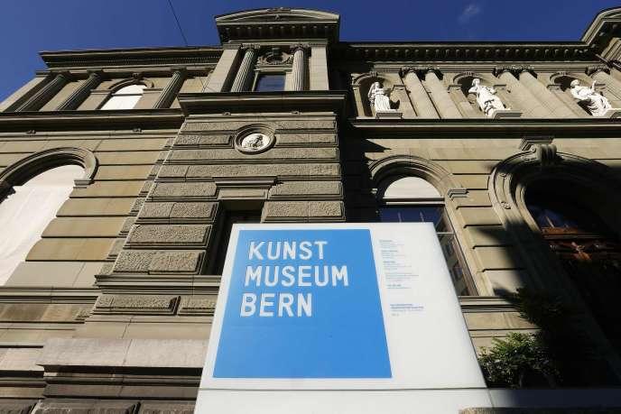Le Musée bernois s'est dit très surpris de ce choix, soulignant n'avoir « à aucun moment entretenu la moindre relation » avec le collectionneur allemand.