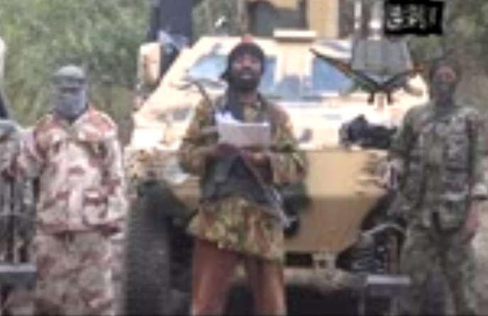 Abubakar Shekau, le chef de Boko Haram, revendique l'enlèvement des jeunes lycéennes, le 5 mai 2014.