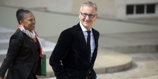 Le secrétaire d'Etat à la réforme territoriale estime dans un entretien au «Figaro» que la réforme permettra «des économies d'échelles et des suppressions de doublons».