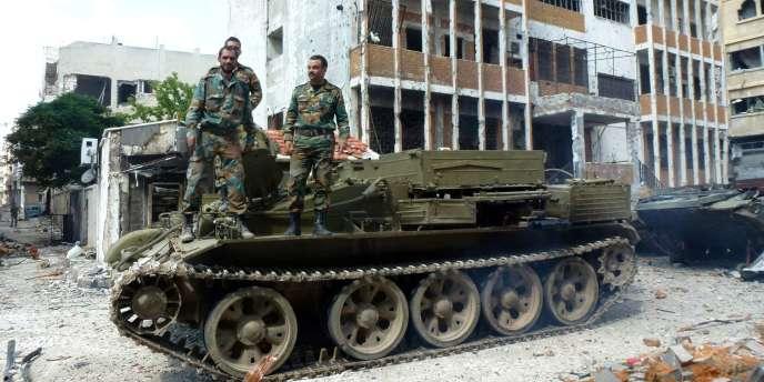 L'armée syrienne a repris le contrôle de Homs, évacué par les rebelles, vendredi 9 mai.