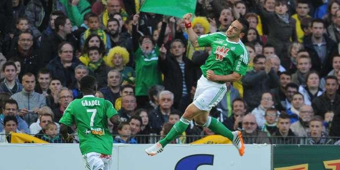 Mevlut Erding et Saint-Etienne ont réussi une excellente opération en allant gagner à Nantes lors de la 37e journée de Ligue 1, samedi 10 mai.