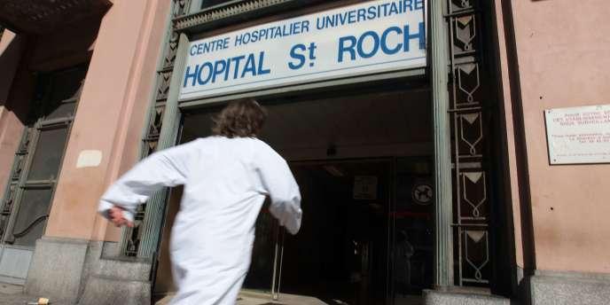 Le chauffeur d'Hélène Pastor «est décédé ce jour à 12h30 des suites de ses blessures, malgré une réanimation médico-chirurgicale intensive», a annoncé une porte-parole de l'hôpital Saint-Roch.