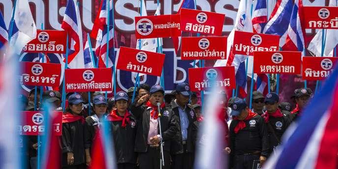 Compte tenu des rapports de force et de l'organisation politique, le Puea Thai, parti de Yingluck qui a remporté tous les scrutins organisés ces dernières années, devrait être reconduit au pouvoir.