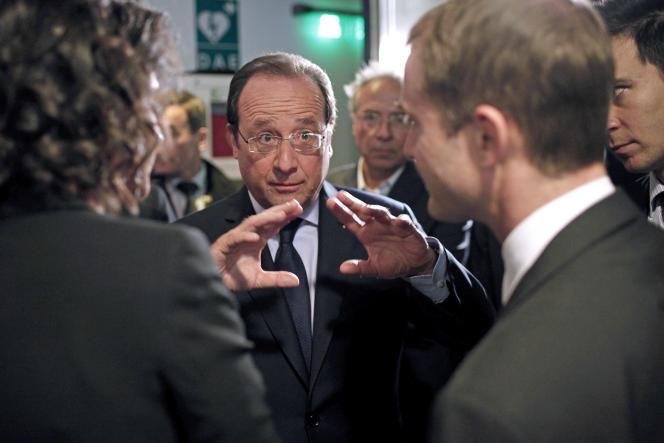 Celui qui, dans son discours du Bourget, avait identifié son adversaire : le monde de la finance, a-t-il eu raison de la spéculation la plus nocive à l'économie réelle ? Rien n'est moins sûr.