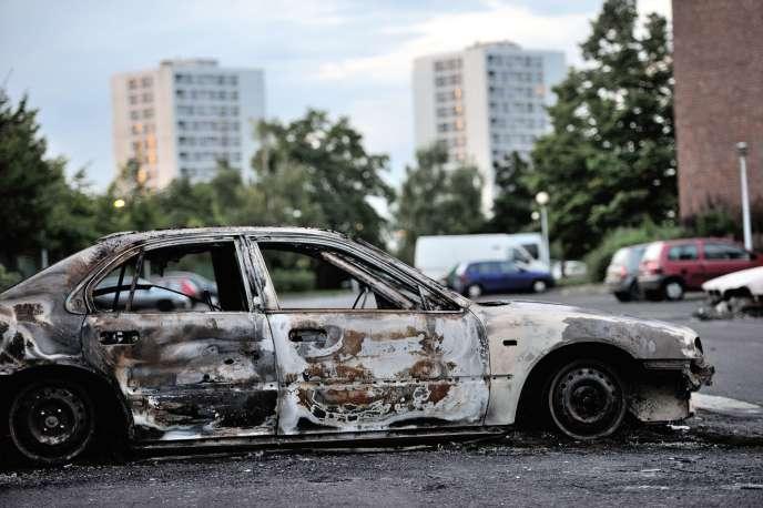 Six hommes ont été condamnés au procès des émeutes qui avaient eu lieu en août 2012. Lors de l'émeute dans les quartiers d'Amiens-Nord, 17 policiers avaient été blessés et des bâtiments publics avaient été incendiés.