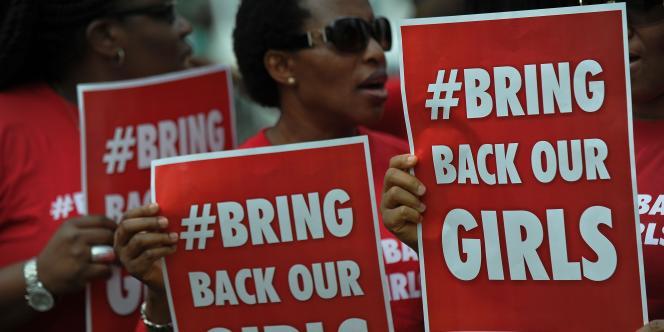 Manifestation de soutien aux lycéennes enlevées par Boko Haram, le 16 mai à Nairobi.
